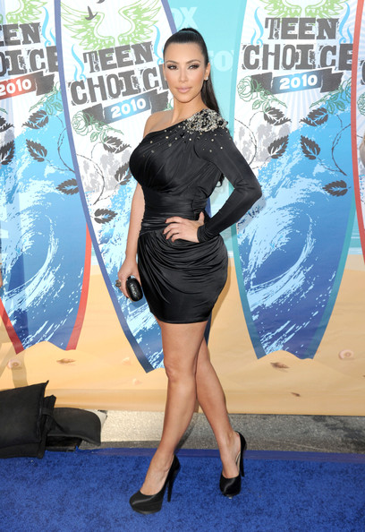 Kim Kardashian at the Teen Choice Awards 2010