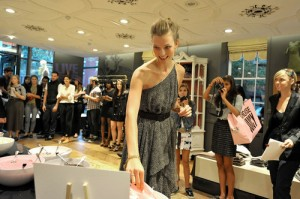 Fashions Night Out Karlie Kloss