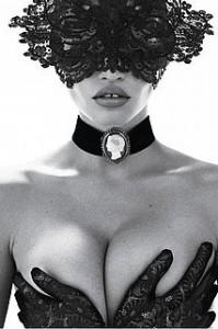 Lara Stone Sneak Peak Vogue Paris Cover 90th Anniversary