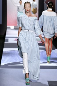 Viktor and Rolf PFW Runway Anne Vyalitsyna
