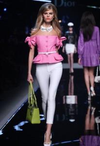 Jessica Alba Elle Christian Dior