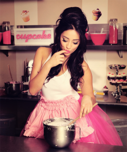 Hot Girl Cooking