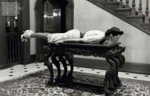 Stella Tennant Italian Vogue Planking