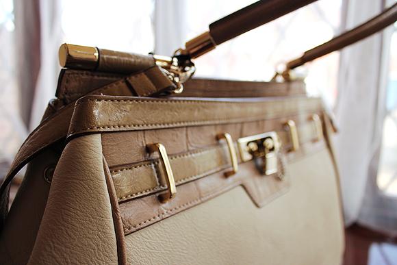 padlock bag