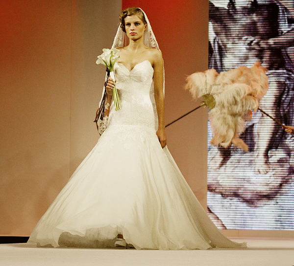 1cacc5abbee National Wedding Show - Lela London - Travel