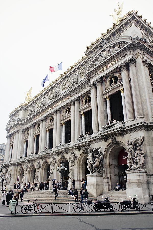 weekend in paris 51