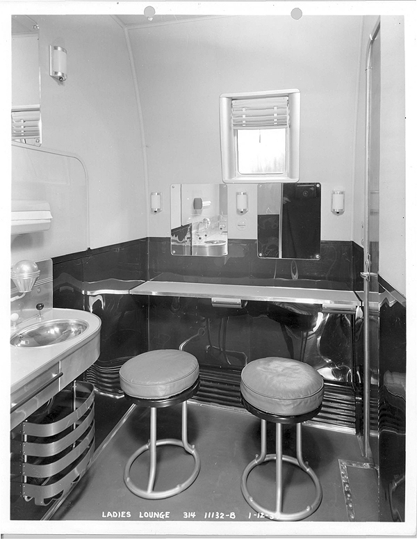 1930s Boeing Dressing Room