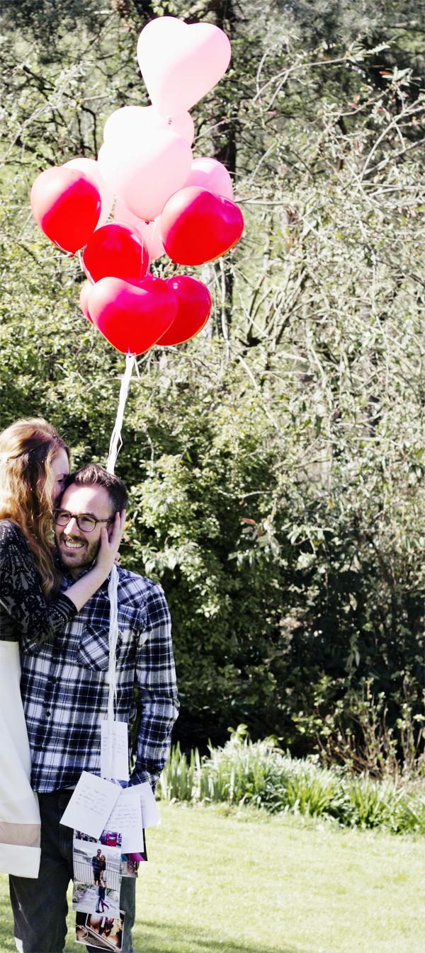heart balloons anniversary